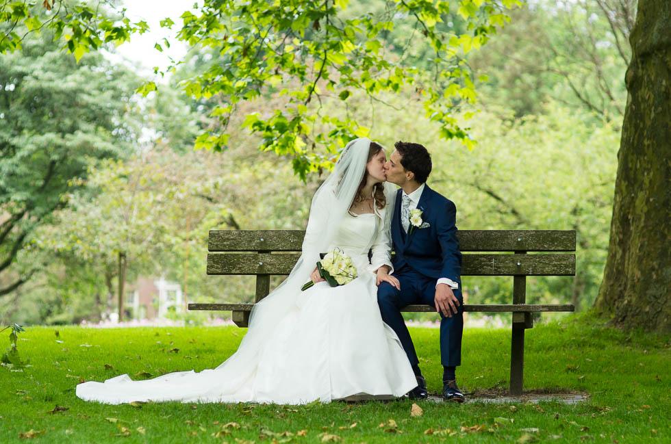 getrouwd in park